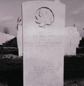 Grave of Bellows in Holland